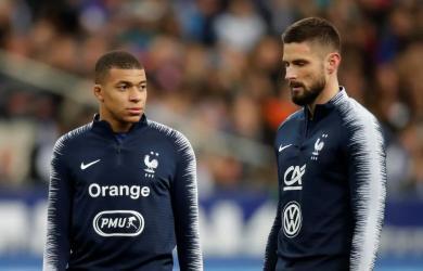 Mbappe: 'Tôi và Giroud sẽ không làm to chuyện'
